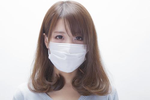 マスクでニキビができちゃうってホント!?これからの季節は要注意!のサムネイル画像