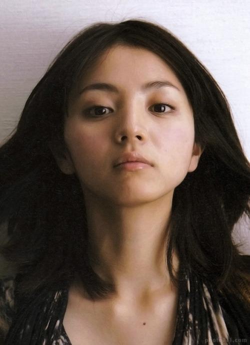 女優・満島ひかりは結婚していたの!?相手とは?いつ結婚?のサムネイル画像