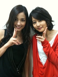 【女優】堀北真希さんと黒木メイサさんはプライベートでも仲良し!のサムネイル画像