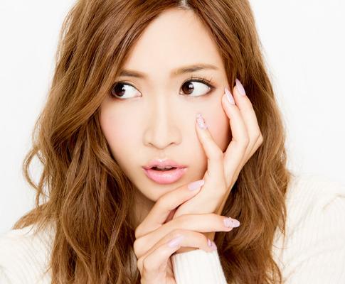 モデル!紗栄子の髪型が可愛い!参考にしたい髪型を特集した!のサムネイル画像