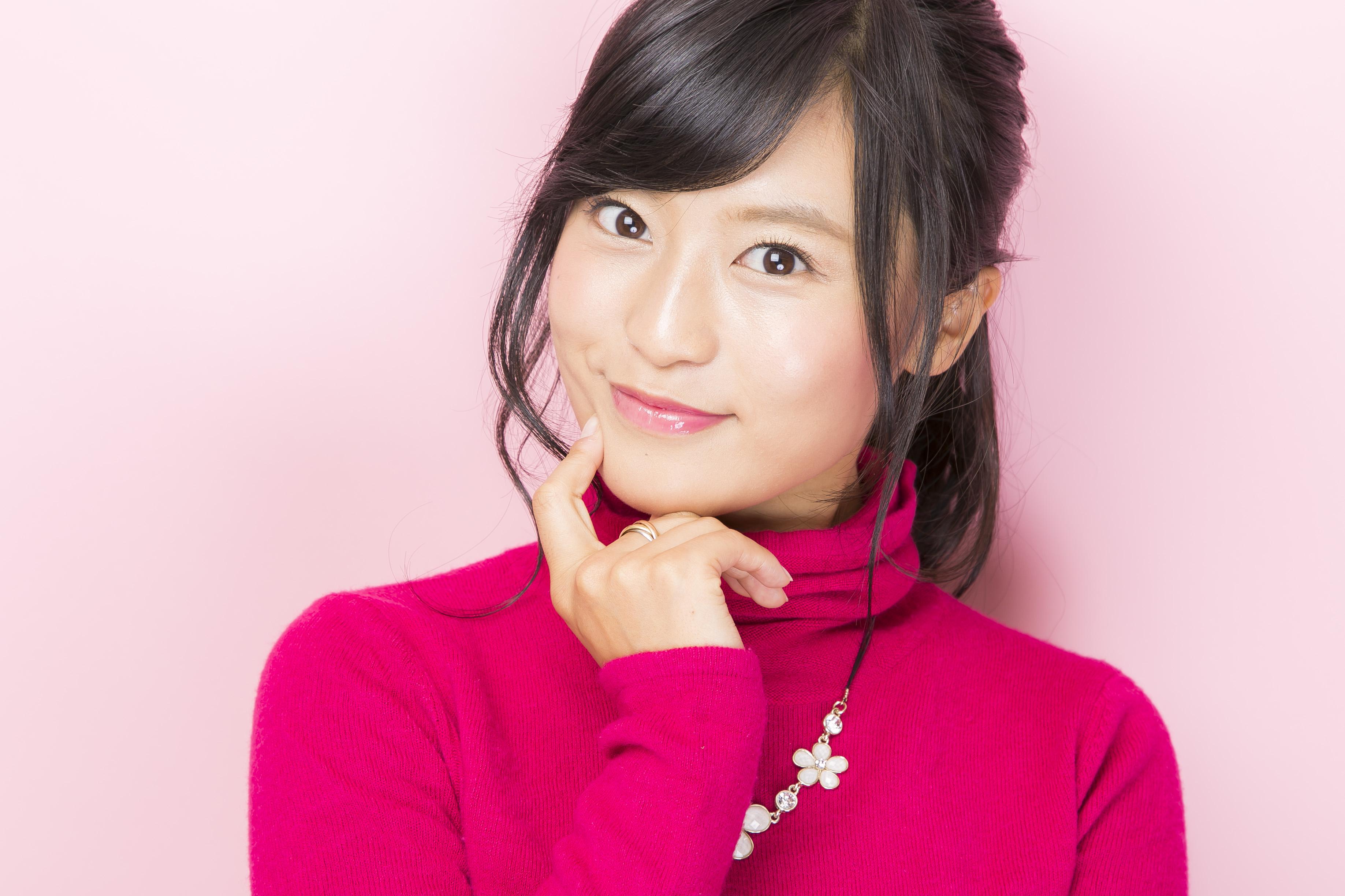 バラエティで大活躍!明るい笑顔で元気をくれる小島瑠璃子さん画像集のサムネイル画像