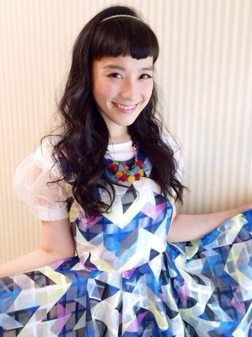 シノラー再ブレイク?!大人になった篠原ともえがかわいいと話題!のサムネイル画像