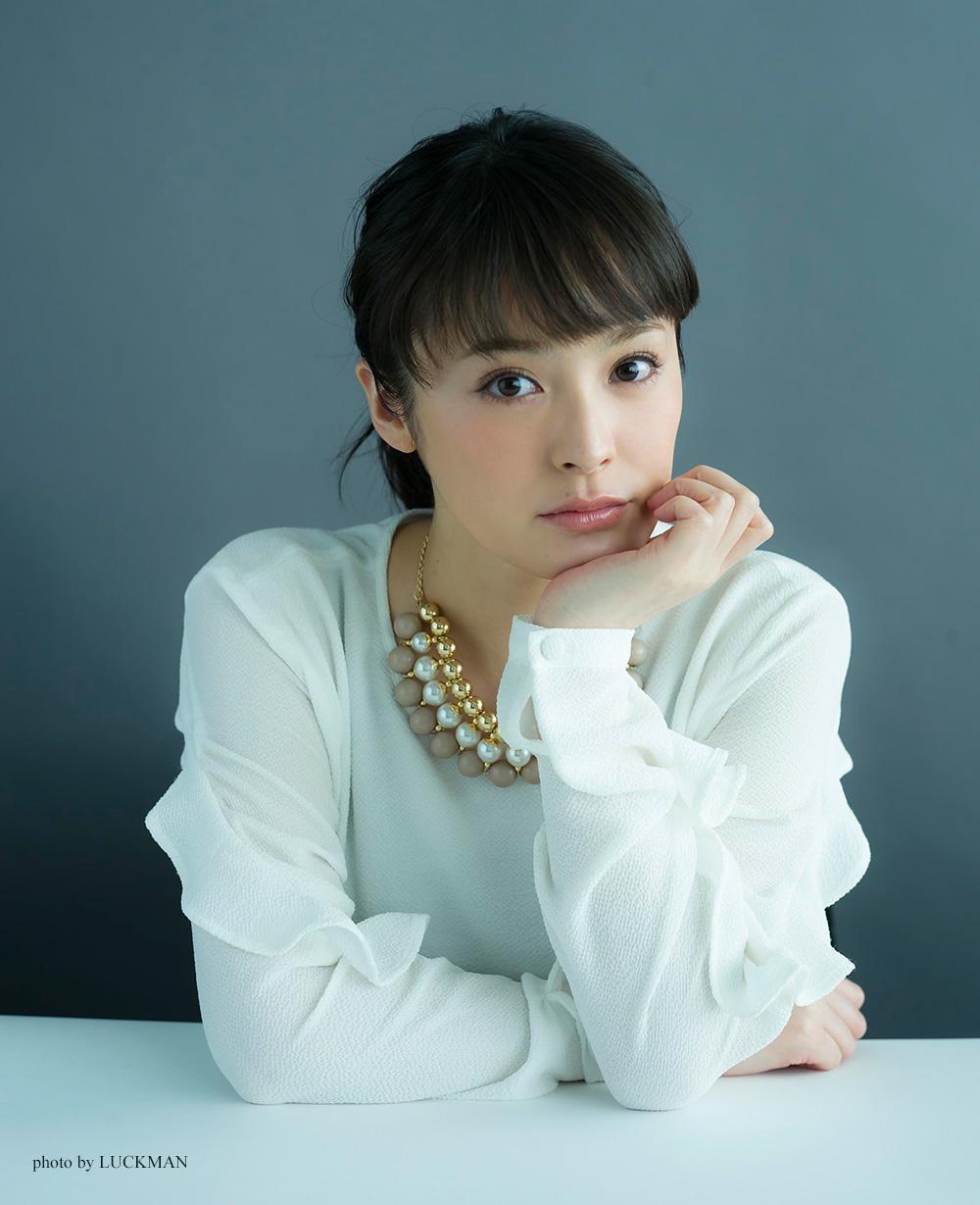 【健気な和風美人】ドラマに安定感を求めるなら女優・貫地谷しほりのサムネイル画像