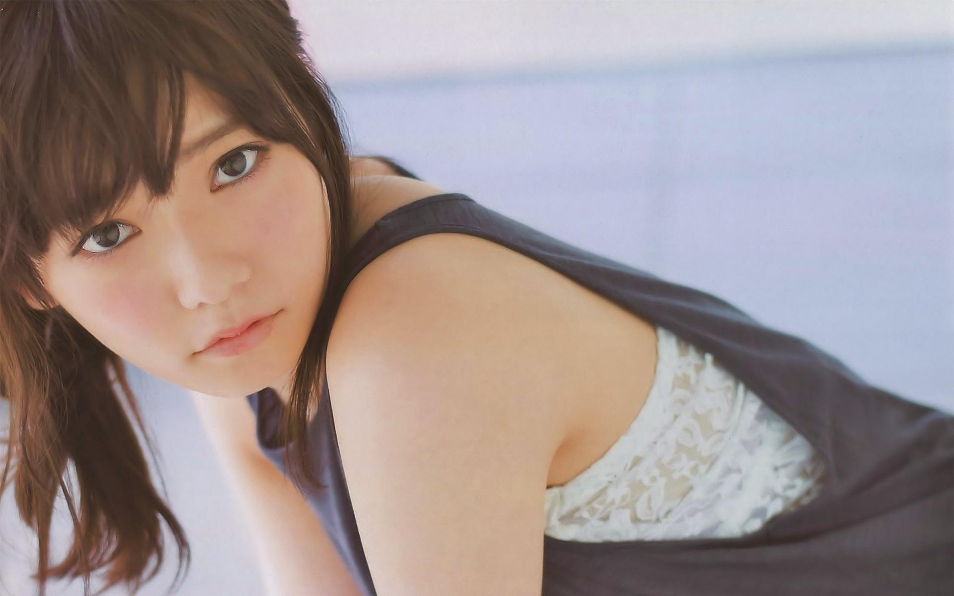 幅広く活躍中の可愛いAKB48の島崎遥香さんについてまとめます。のサムネイル画像