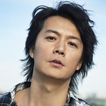 日本を代表するシンガーソングライター福山雅治の曲をまとめてみた!のサムネイル画像