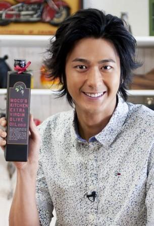 【MOCO'Sキッチン】速水もこみちが愛するオリーブオイル【レシピ】のサムネイル画像