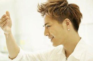登坂広臣は窪田理容美容専門学校出身ですから!パーマはお手の物!のサムネイル画像