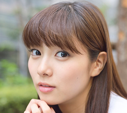 今大注目の女優!かわいくてスタイル抜群♡新川優愛の画像集のサムネイル画像