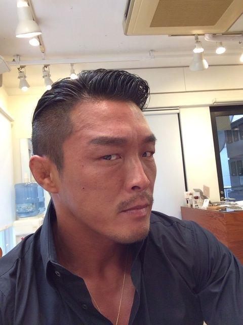 おしゃれ番長!格闘家・秋山成勲のおしゃれ髪型をご紹介します!のサムネイル画像