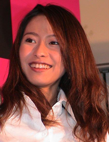 【家なき子の いじめ役】榎本加奈子は現在、私生活でも いじめ役?のサムネイル画像