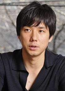 人気俳優の西島秀俊は整形だった!?目と鼻を弄っているという噂が…のサムネイル画像