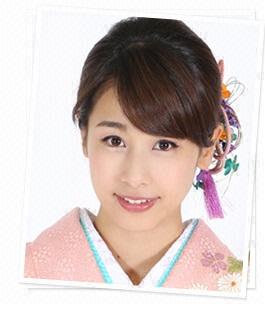 女性の憧れ、アナウンサー加藤綾子の女の子らしいメイクが大人気!のサムネイル画像