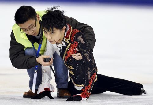 やっぱり!羽入結弦と激突した中国人選手はわざとじゃなかった!のサムネイル画像