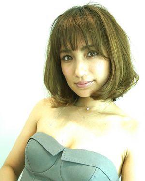 【佐田真由美】旦那と子供との生活も、おしゃれすぎてビビった!のサムネイル画像