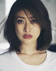 束縛が強過ぎる?妻となり母親になった山田優の性格が難あり!?のサムネイル画像