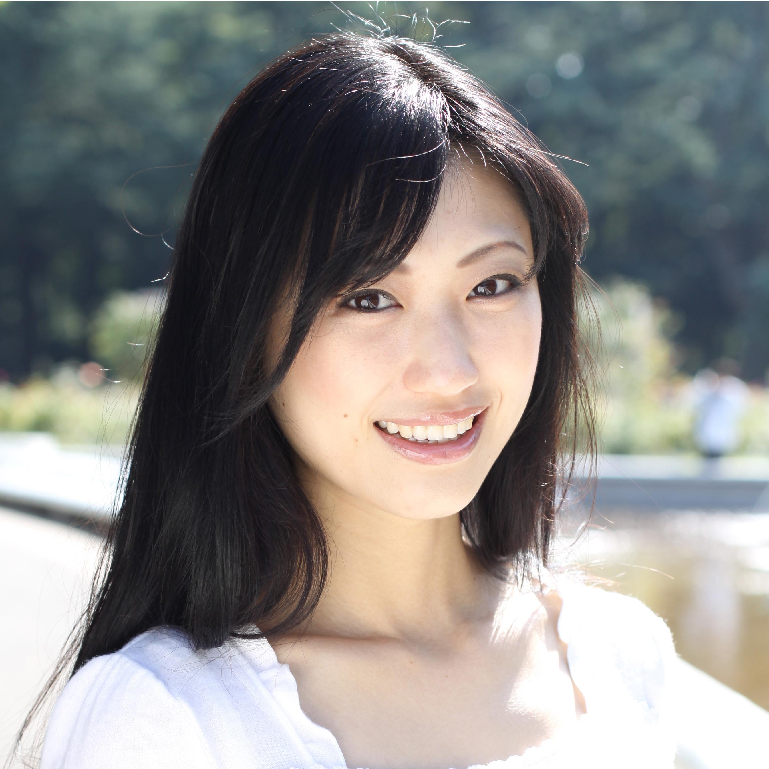 今大人気の壇蜜さん!そんな壇蜜さんの色気たっぷりメイクを紹介!のサムネイル画像