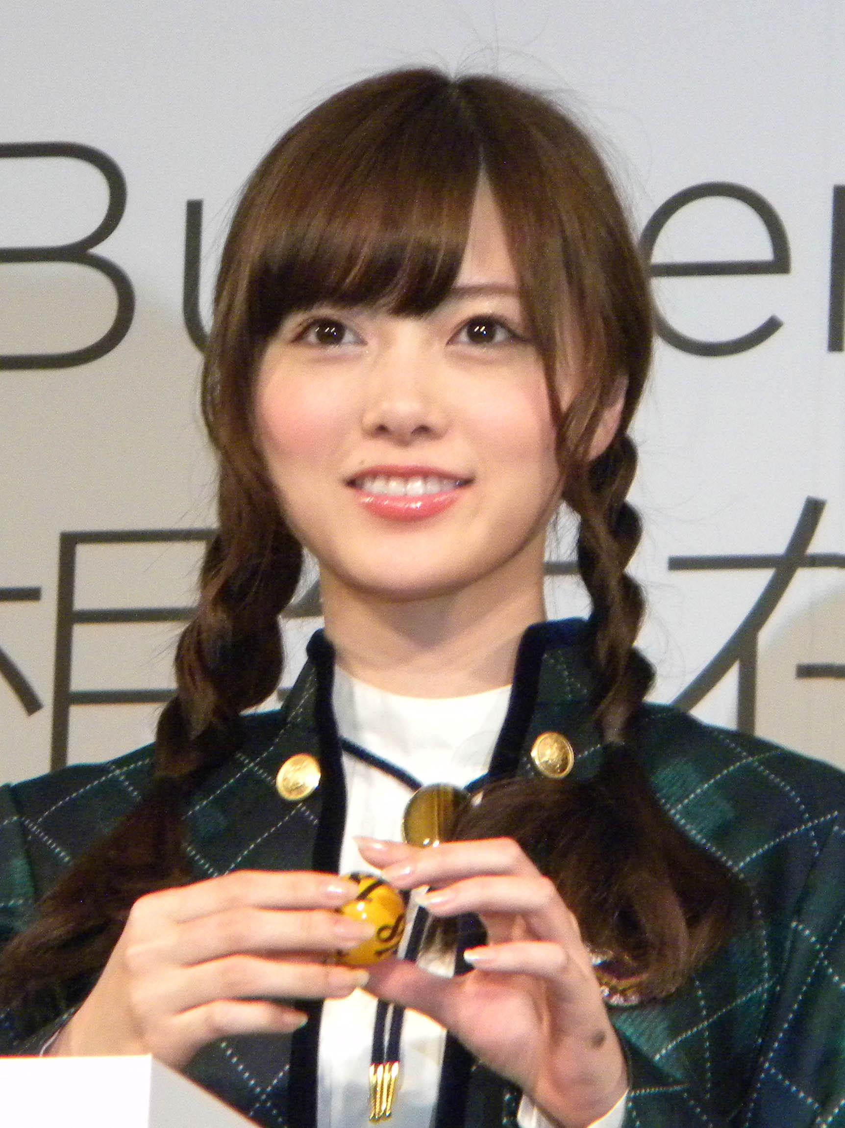 大人気アイドル・白石麻衣さんのように美しいメイクをまとめます!のサムネイル画像