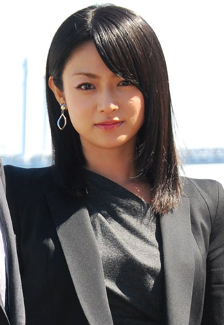 【深田恭子の現在の年齢は33歳!】同年齢の芸能人【画像まとめ】のサムネイル画像