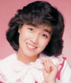 あの人の現在は?80年代アイドル柏原芳恵さんの現在に迫る!のサムネイル画像