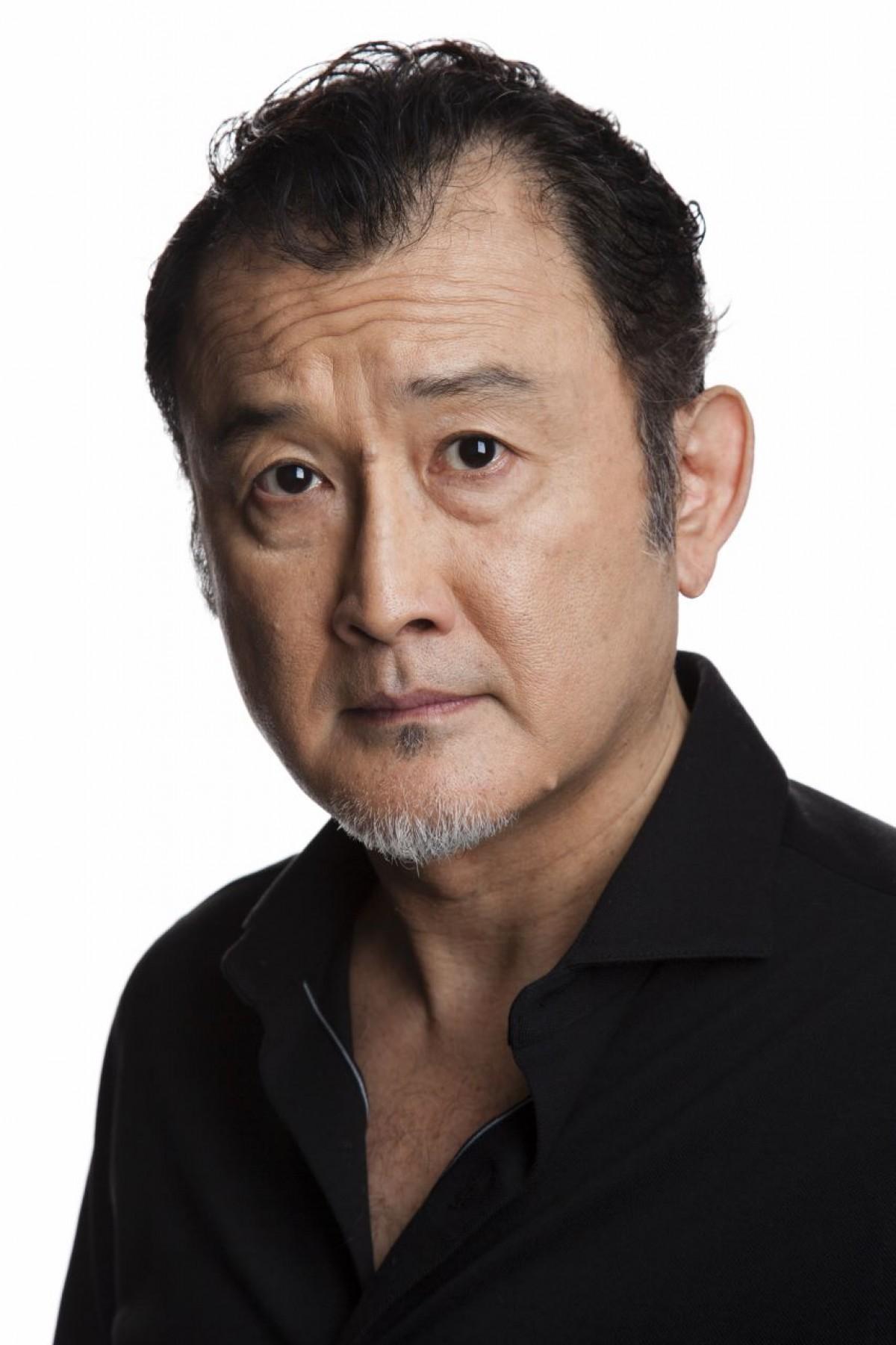 【渋い】最近よくTVで観る吉田鋼太郎さんの妻は?【ダンディ】のサムネイル画像