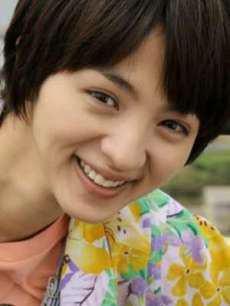 私服に「あれっ??」女優・満島ひかりの唯一の欠点は私服だったのサムネイル画像