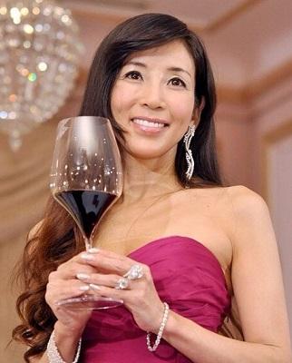 今は亡き女優・川島なお美の誰をも魅了した映画をまとめました!のサムネイル画像