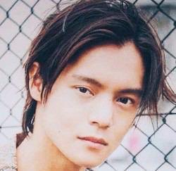 いろいろな顔を持つカメレオン俳優、窪田正孝くんの見事な演技!のサムネイル画像