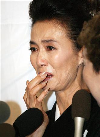 萬田久子が愛した男との息子・・親子関係に亀裂?いったい何が!!のサムネイル画像