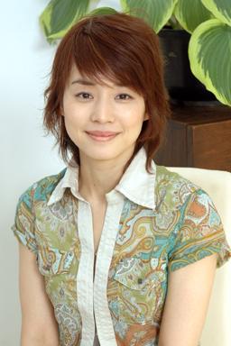 石田ゆり子は何故独身なのか?独身で居る理由は何なのか??のサムネイル画像
