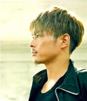今市隆二は登坂広臣と一緒に歌手としての基本、腹筋を鍛えていますのサムネイル画像
