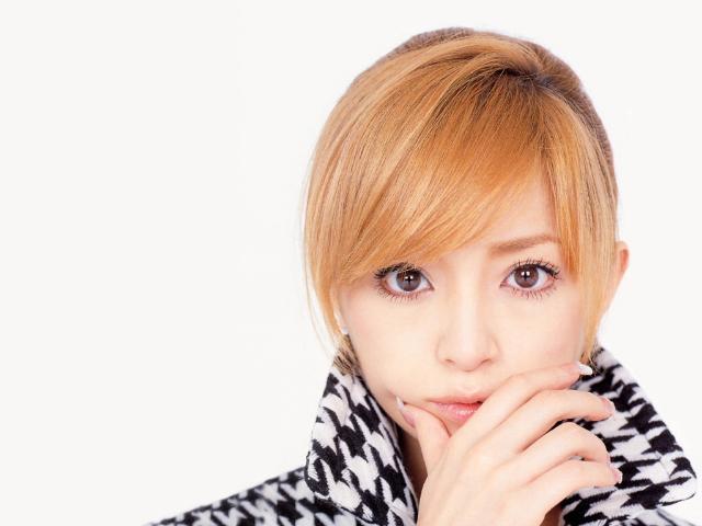 浜崎あゆみのショートヘア画像 美容師の選ぶ可愛く見える髪型1位!のサムネイル画像