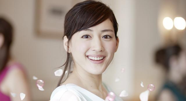【綾瀬はるかの微笑ましい動画集】癒されたい人は今すぐクリック!!のサムネイル画像