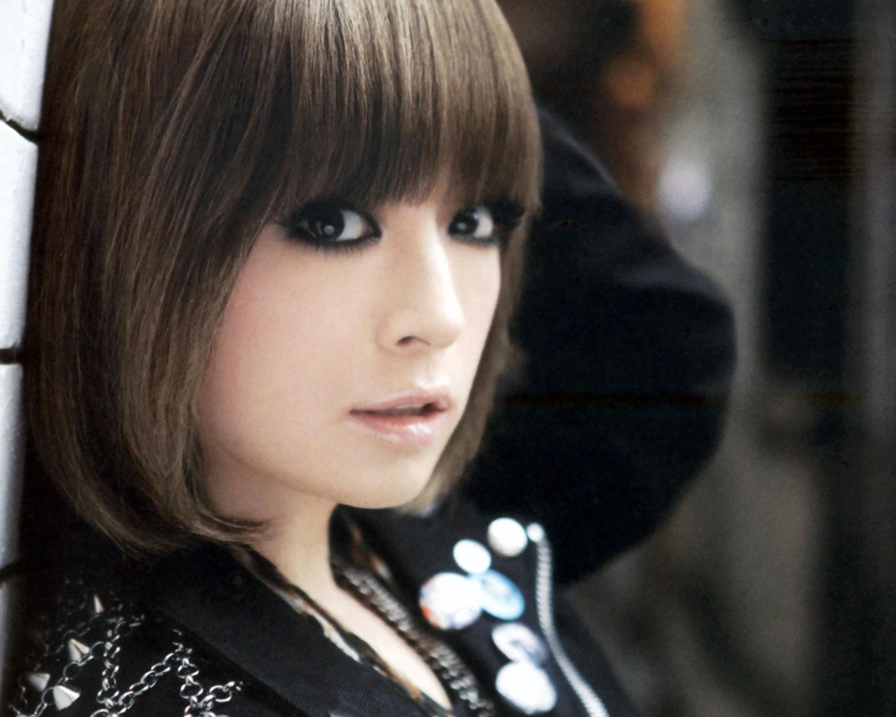 浜崎あゆみのシングル売上ランキングをまとめてみました!!のサムネイル画像