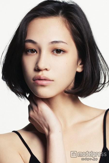 モデルに女優に大人気!そんな水原希子の歴代彼氏を紹介しますのサムネイル画像