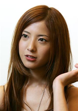 吉高由里子の現在の彼氏は誰?元彼氏の存在は?噂は本当なのかのサムネイル画像