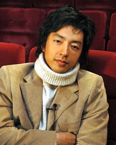 人気俳優・大沢たかおの熱愛彼女は?気になる恋愛遍歴をまとめましたのサムネイル画像