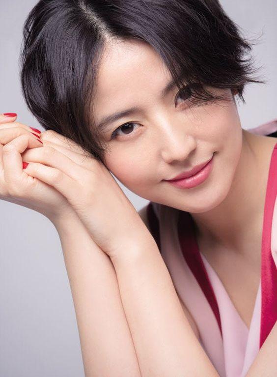 長澤まさみや大政絢等、大人気女優とモデルのすっぴん大公開!のサムネイル画像