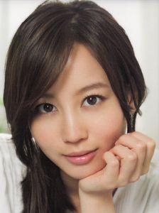 今や売れっ子女優堀北真希テレビドラマ初出演はほんの数秒だった!?のサムネイル画像