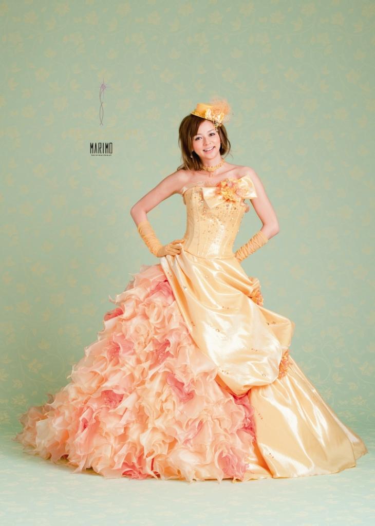 香里奈プロデュースのドレス「Sancta Carina」をウェディングに♡のサムネイル画像