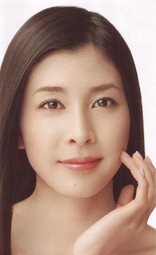 デビューから様々な情熱恋多き女優竹内結子~その華麗なる恋愛に迫るのサムネイル画像