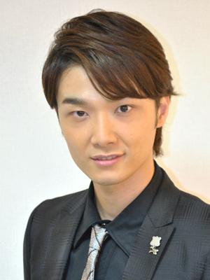 舞台を見るときっとファンになってしまう!井上芳雄の魅力とは?のサムネイル画像