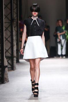 パリコレのランウェイを歩く日本人モデルを紹介!美しさに驚愕のサムネイル画像