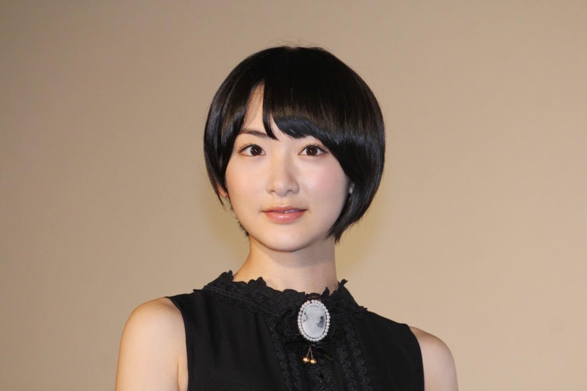 ショートヘアが可愛い♡乃木坂46生駒里奈さんの髪型をご紹介します♪のサムネイル画像