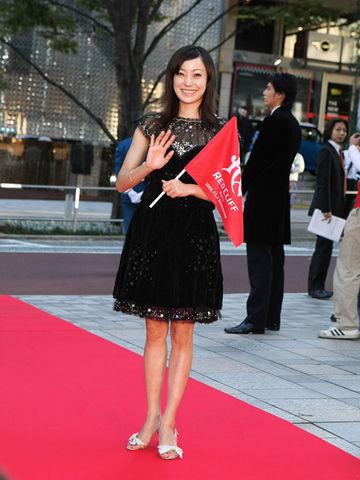 美人で可愛い、さらに好感度バツグンの菅野美穂さん。本当の性格は?のサムネイル画像