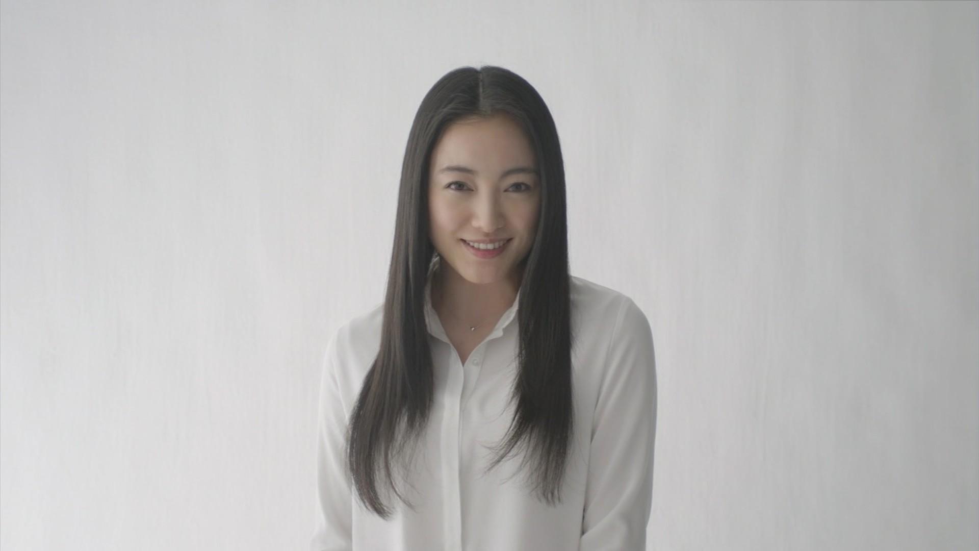 【奇跡の人!】仲間由紀恵さんと結婚した幸せ者な旦那様って誰?のサムネイル画像