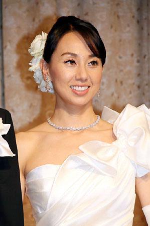 本人激白!東尾理子が結婚式に呼びたかった元カレはケイン・コスギ!のサムネイル画像