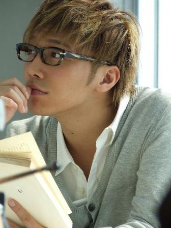 【画像多数】セクシーイケメン俳優・成宮寛貴のカッコイイ髪型まとめのサムネイル画像