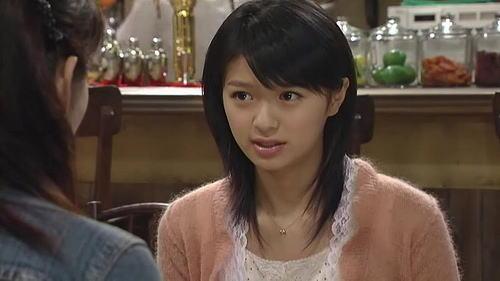 【女優】榮倉奈々の出演ドラマ『蜜の味』よりキスシーンを特集!のサムネイル画像