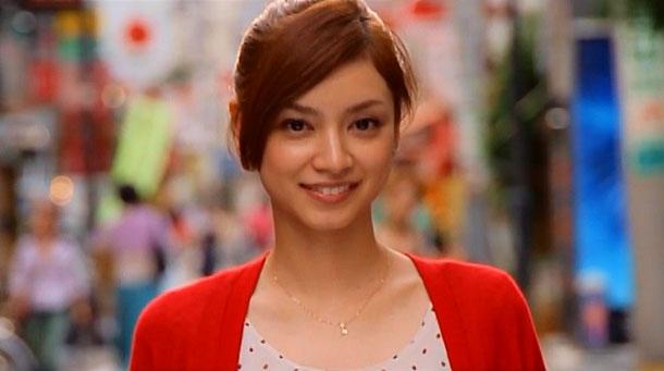 天然の愛されキャラ!どんな髪型でも似合う平愛梨の髪型まとめのサムネイル画像
