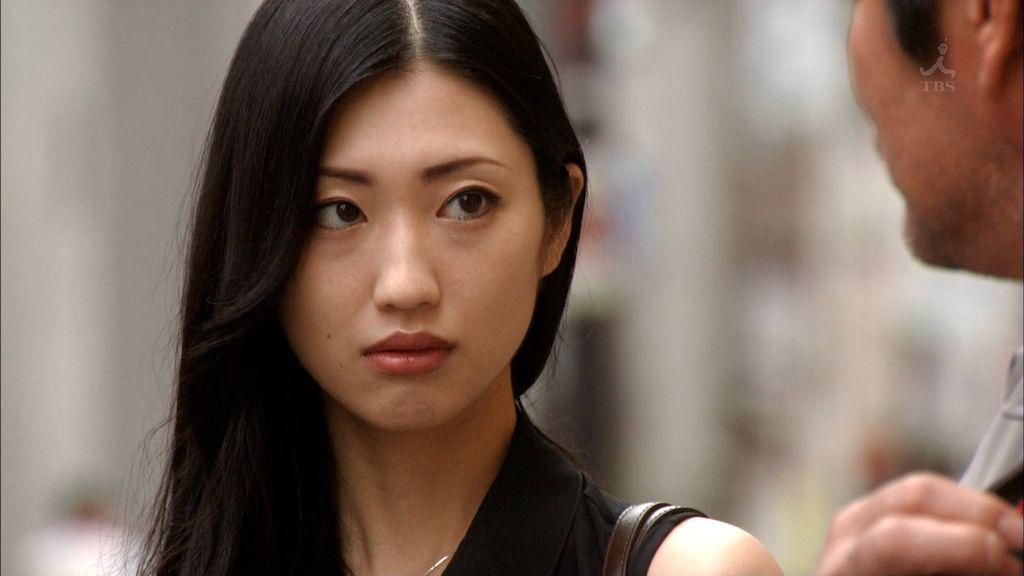 壇蜜さんはすっぴんでも美しかった!そのメイク術&スキンケアとは?のサムネイル画像